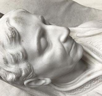 Großherzogliche Grabkapelle Karlsruhe, Grabmal Luise Marie Elisabeth von Baden, Detailaufnahme Gesicht