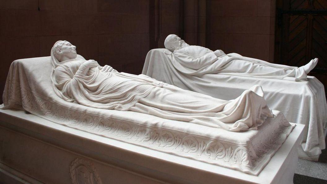 Grabdenkmäler von Großherzog Friedrich I. und seine Gemahlin Luise in der Großherzoglichen Grabkapelle Karlsruhe