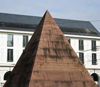 Die Pyramide auf dem Karlsruher Marktplatz