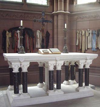 Ansicht des Altars im Chor der Großherzoglichen Grabkapelle Karlsruhe